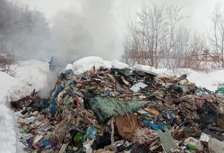 На Сокальщині невідомі висипали  купу сміття неподалік села Бояничі