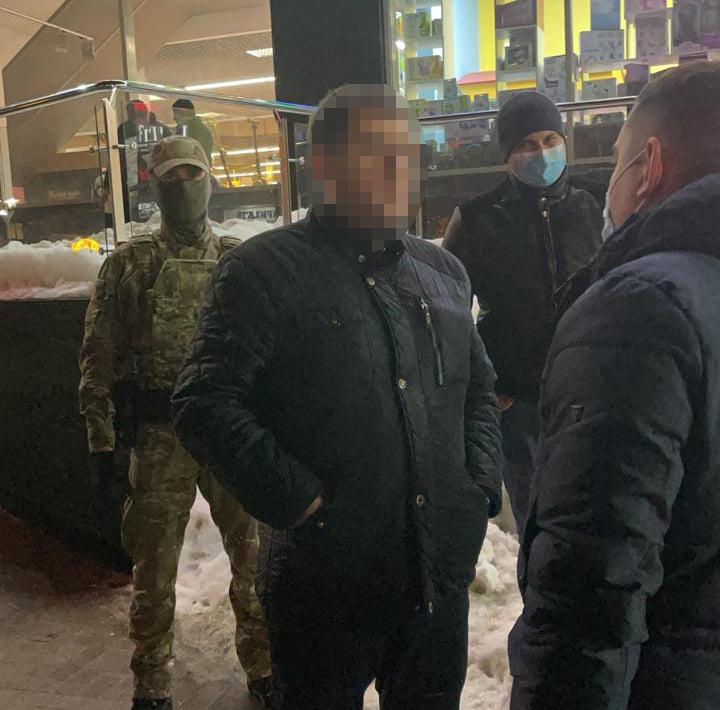 Затримали на «відкаті» у 365 тисяч гривень заступника начальника управління Львівської обласної державної адміністрації