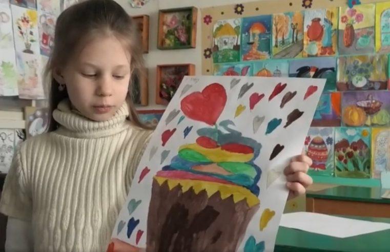 """Гурток """"Художня  студія"""" у Червонограді – місце, де навчаються молоді художники"""