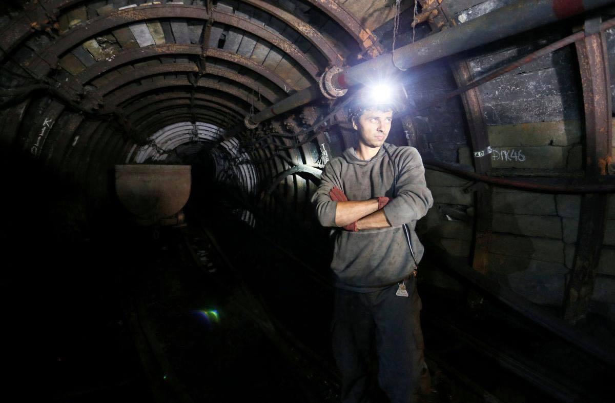 Зарплата за лютий – шахтарям виплатять 32%