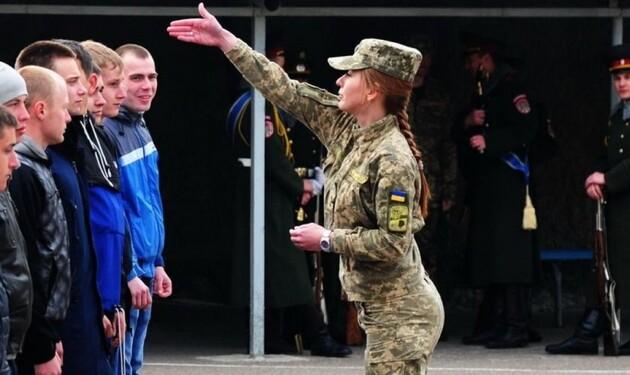 В Червоноградському районі весняна призовна кампанія на військову строкову службу розпочинається 1 квітня