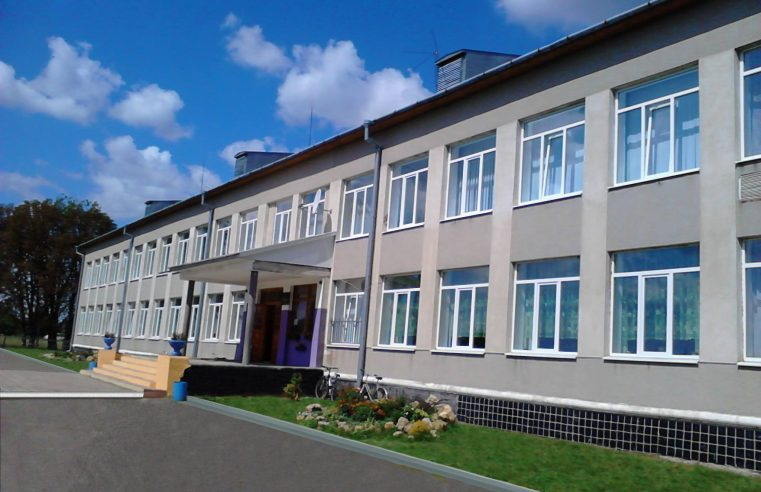 Палац у Тартакові, школа у Стенятині та сквер у Сокалі – у Львівській облараді виділили кошти на реконструкцію об'єктів на Сокальщині