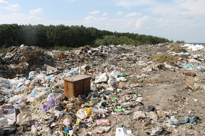 Львівський підприємець отримав півмільйона гривень за фіктивну реконструкцію сміттєвого полігону на Червоноградщині