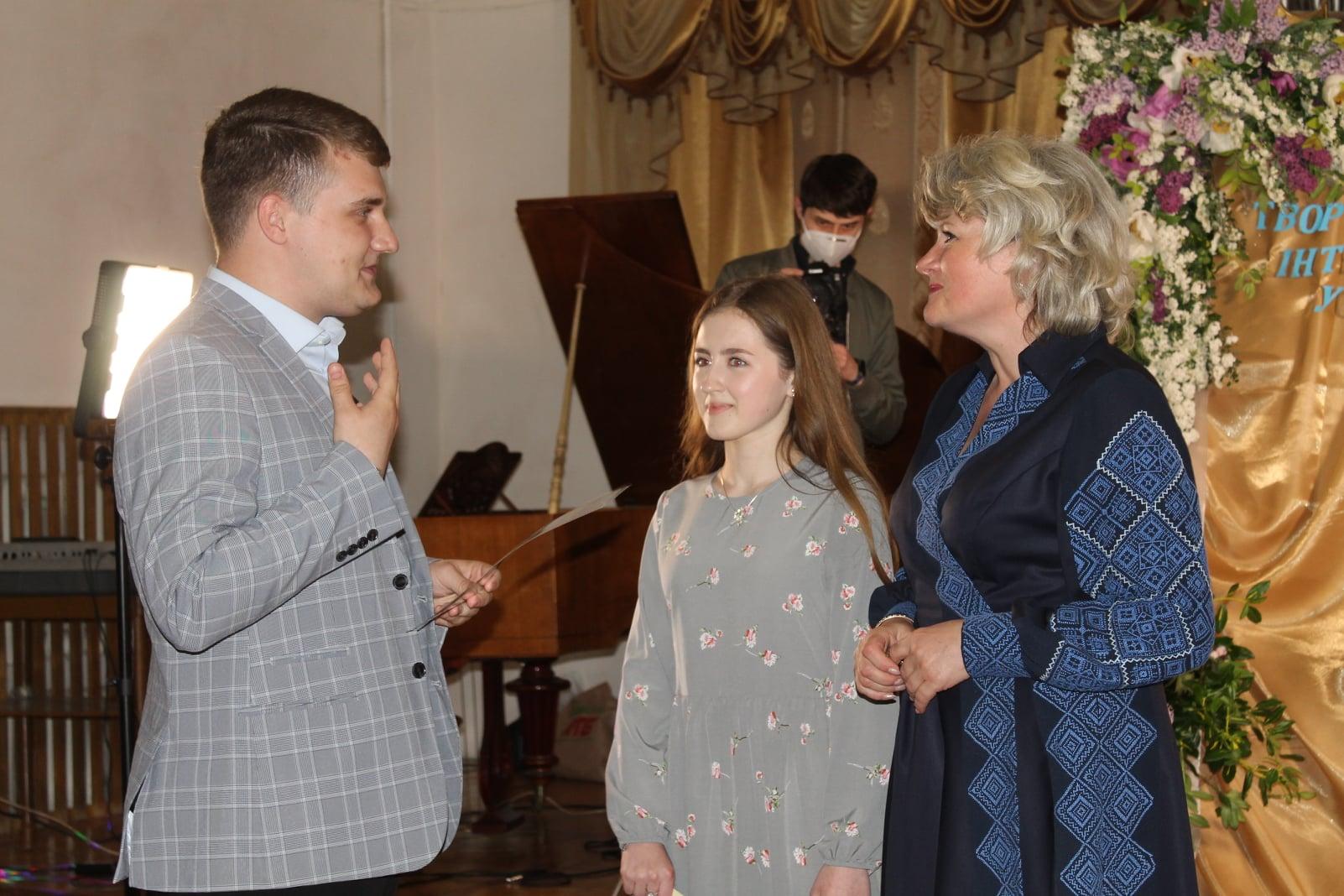 Хто цьогоріч став стипендіатом Червоноградської міської ради