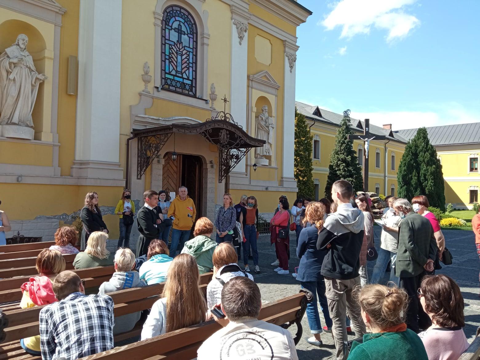 """Учасники львівського """"Форуму гідів"""" побували у Червонограді, Соснівці та Великих Мостах"""