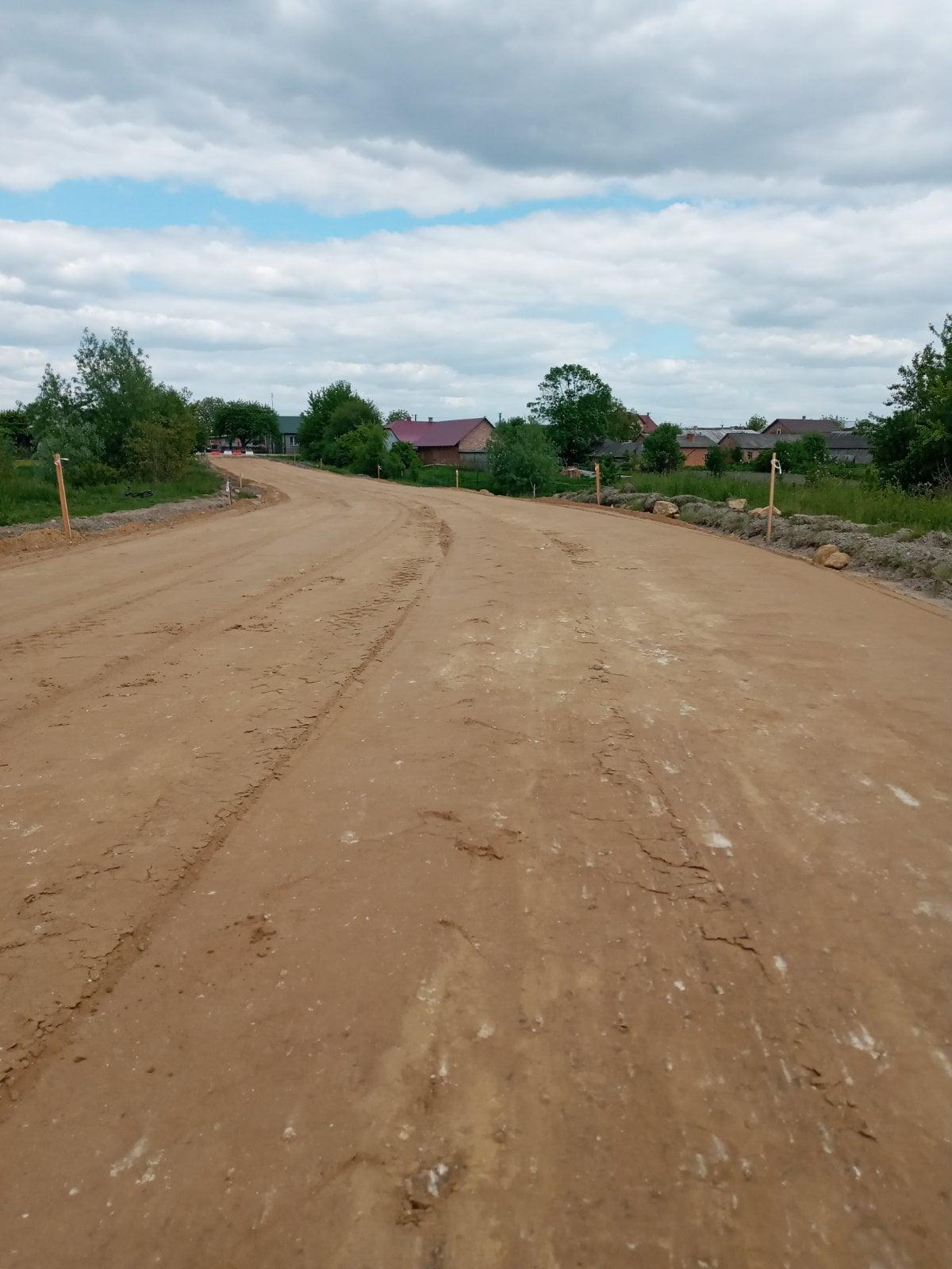 Триває капітальний ремонт автомобільної дороги Комарів — Переспа