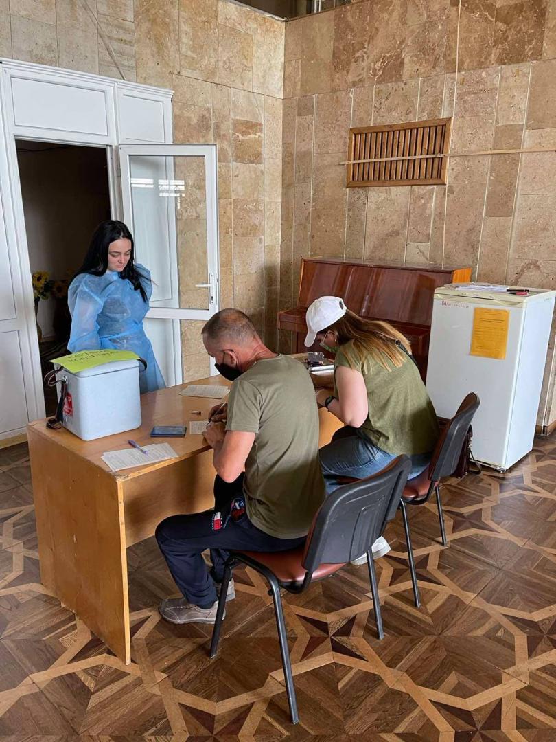 На Львівщині більше 1500 осіб отримали щеплення у центрах вакцинації на цих вихідних