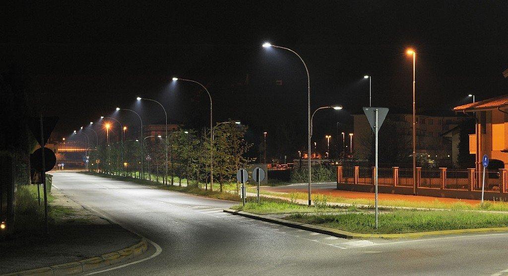 Чому відключатимуть освітлення вулиць в селах Червоноградської ТГ?